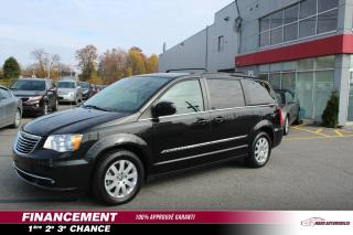Used 2015 Chrysler Town & Country Familiale tourisme 4 portes for sale in Mascouche, QC