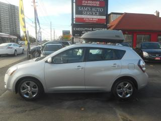 Used 2010 Pontiac Vibe AWD / THULE COMPARTMENT / ALLOYS / SUPER CLEAN / for sale in Scarborough, ON