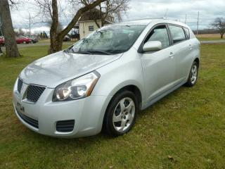 Used 2009 Pontiac Vibe Familiale 4 portes à traction avant for sale in St-Isidore, QC