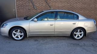 Used 2005 Nissan Altima SE for sale in North York, ON