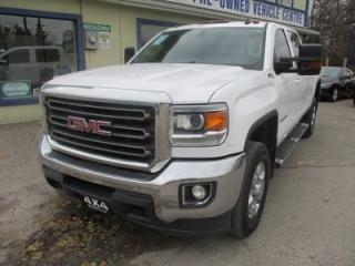 Used 2016 GMC Sierra 2500 3/4 TON SLE - Z71 MODEL 6 PASSENGER 6.0L - V8.. 4X4.. CREW.. SHORTY.. HEATED SEATS.. TRAILER BRAKE.. BACK-UP CAMERA.. BLUETOOTH SYSTEM.. for sale in Bradford, ON