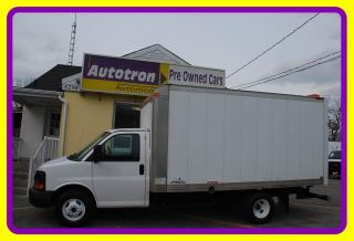 Used 2010 Chevrolet Express 3500 G3500 14' Cube, Ramp A/C for sale in Woodbridge, ON