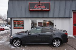 Used 2011 Lexus IS 250 Awd Cuir Toit for sale in Lévis, QC