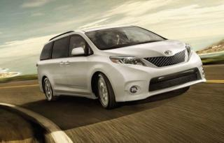 Used 2018 Toyota Sienna LE - 8 PASSANGER for sale in Aurora, ON