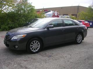 Used 2011 Toyota Camry XLE for sale in Richmond Hill, ON