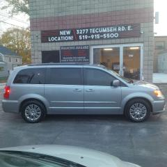 Used 2015 Chrysler Town & Country TOURING for sale in Windsor, ON
