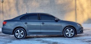 Used 2012 Volkswagen Jetta CERTIFIED,1 owner,2 years Warranty,Clean Carproof, for sale in Mississauga, ON