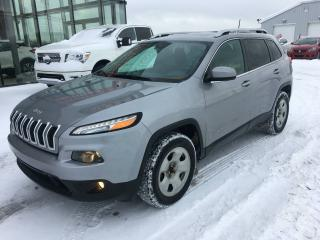 Used 2016 Jeep Cherokee NORTH EDITION, ENSEMBLE HIVER, TOIT PANO for sale in Lévis, QC