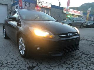 Used 2013 Ford Focus Titanium w/Navi_Rear Camera _Leather_Sunroof for sale in Oakville, ON