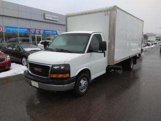 Used 2014 GMC Savana Cube 16 Pieds for sale in Blainville, QC