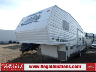 Used 2005 Forest River Wildwood LE Series 28BHSS Fifth Wheel for sale in Calgary, AB