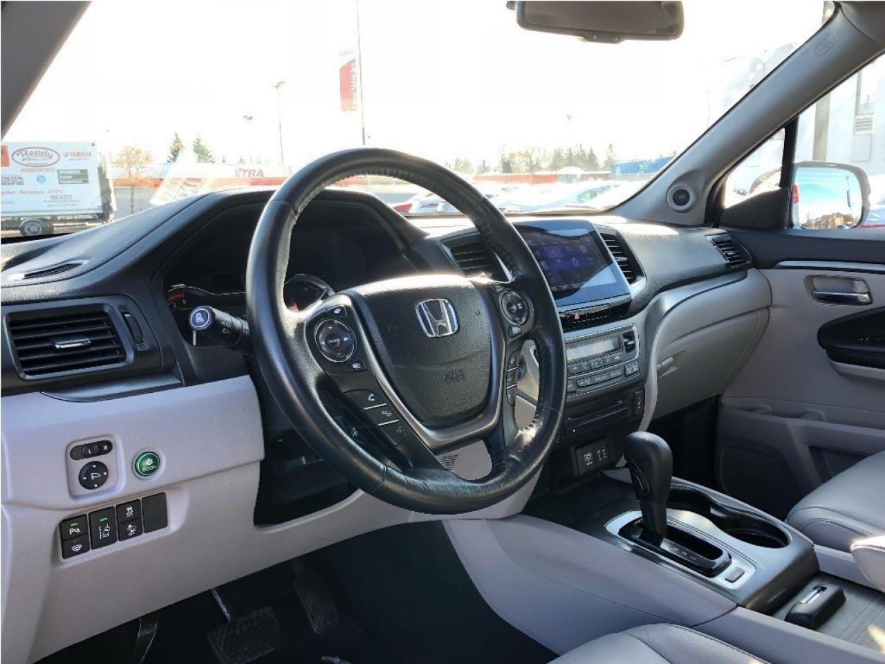 2016 Honda Pilot EX-L  - Leather - Sunroof - Running Boards