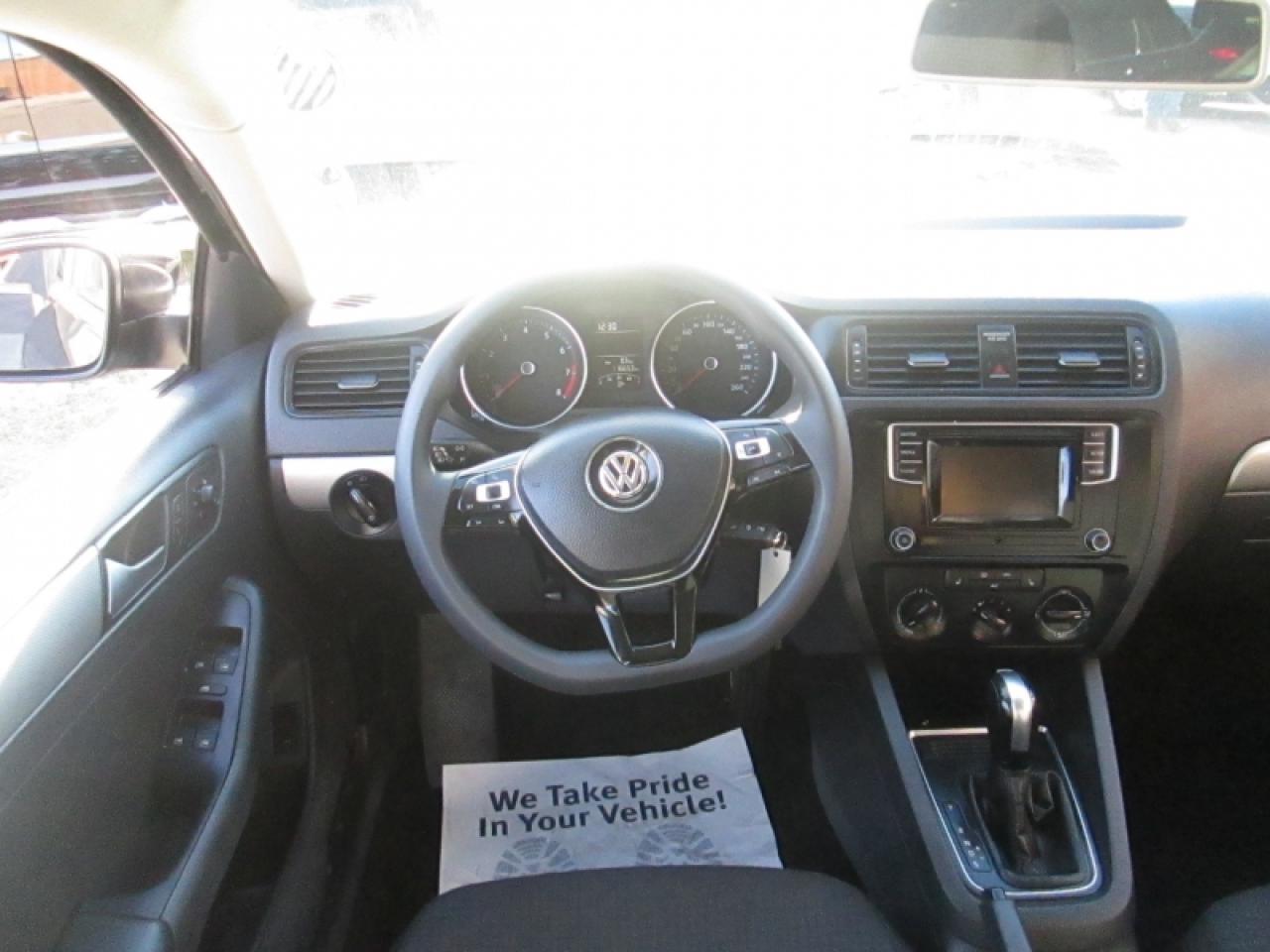 2016 Volkswagen Jetta 1.4 TSI   BIG SCREEN   REAR CAM   BLUETOOTH   HEATED SEATS