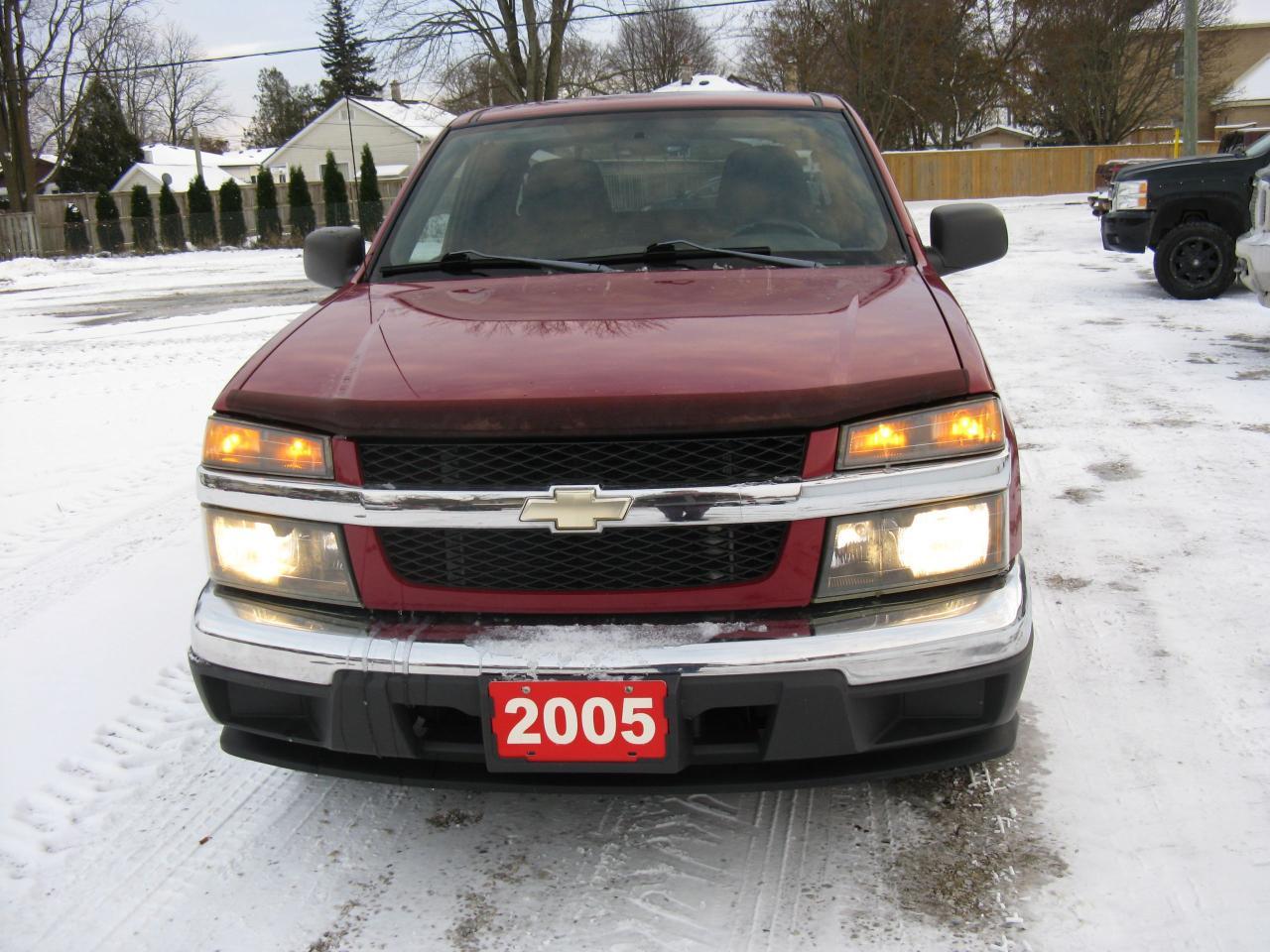 Photo of Red 2005 Chevrolet Colorado