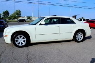 Used 2005 Chrysler 300 300 3.5L Limited sedan SUNROOF ALLOYS for sale in Milton, ON