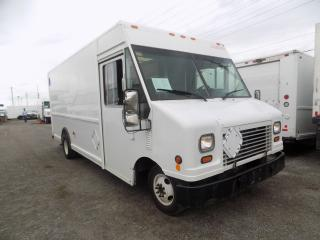 Used 2006 Ford E450 16 foot truck for sale in Mississauga, ON