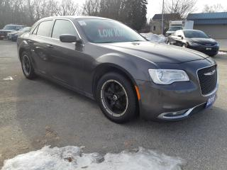 Used 2016 Chrysler 300 Touring  for sale in Orillia, ON
