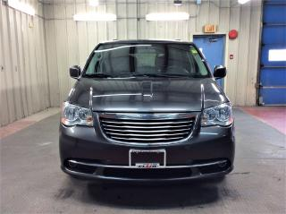 Used 2015 Chrysler Town & Country TOURING for sale in Ottawa, ON