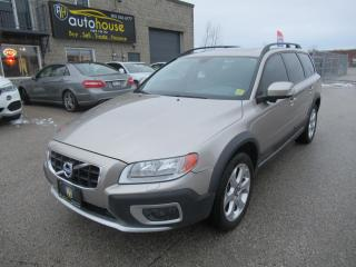 Used 2011 Volvo XC70 3.2 Level 1 for sale in Newmarket, ON