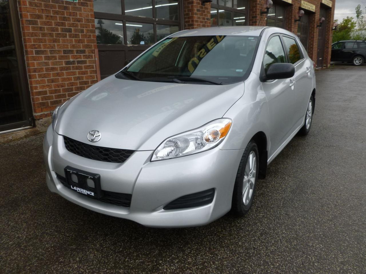 Photo of Silver 2014 Toyota Matrix