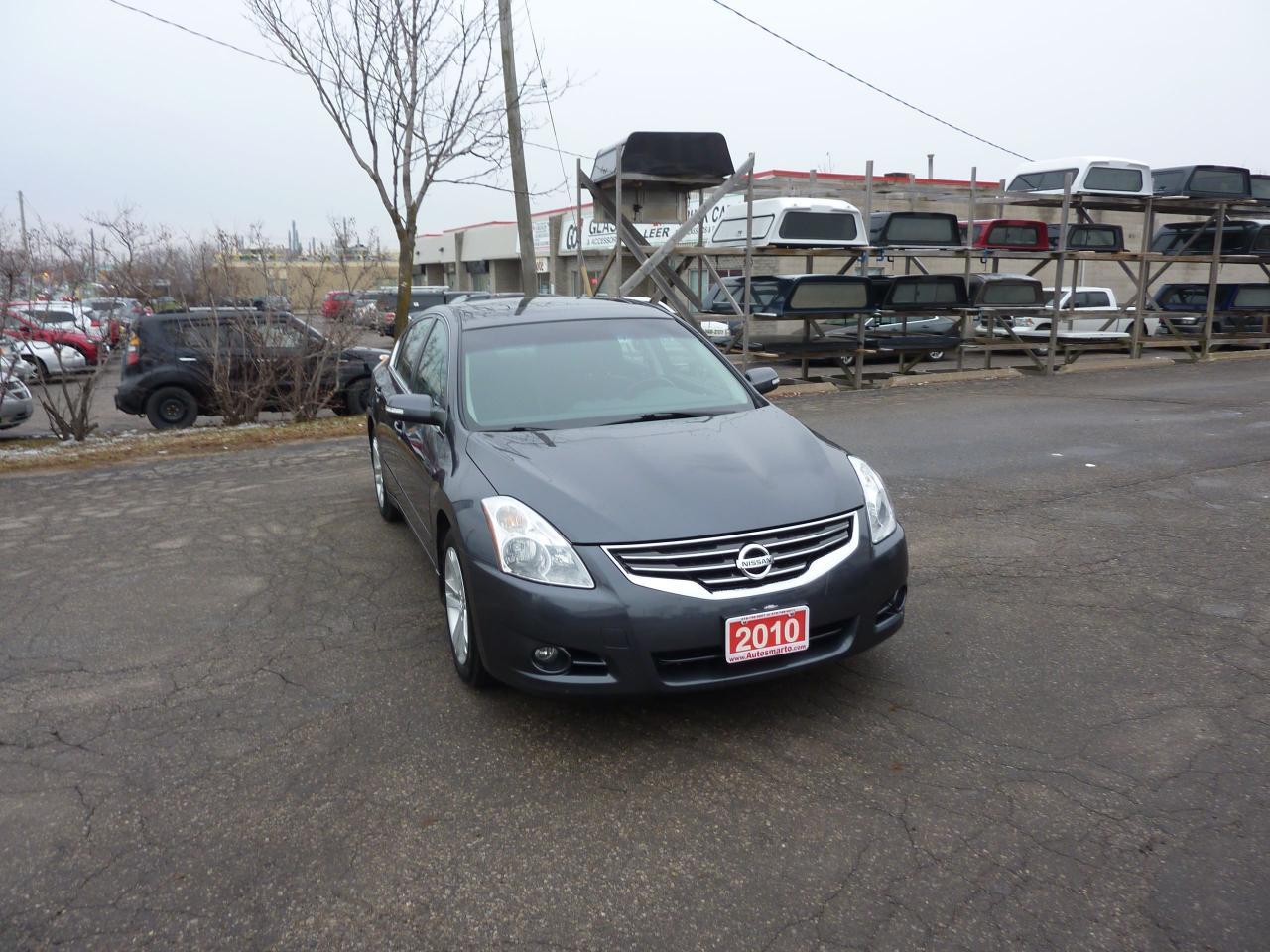 2010 Nissan Altima 3.5 SR,Low Mileage,Mint Condition