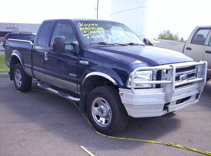 used 2006 ford f 250 super duty 3 4 ton xl 4x4 supercab swb for sale in lloydminster alberta. Black Bedroom Furniture Sets. Home Design Ideas