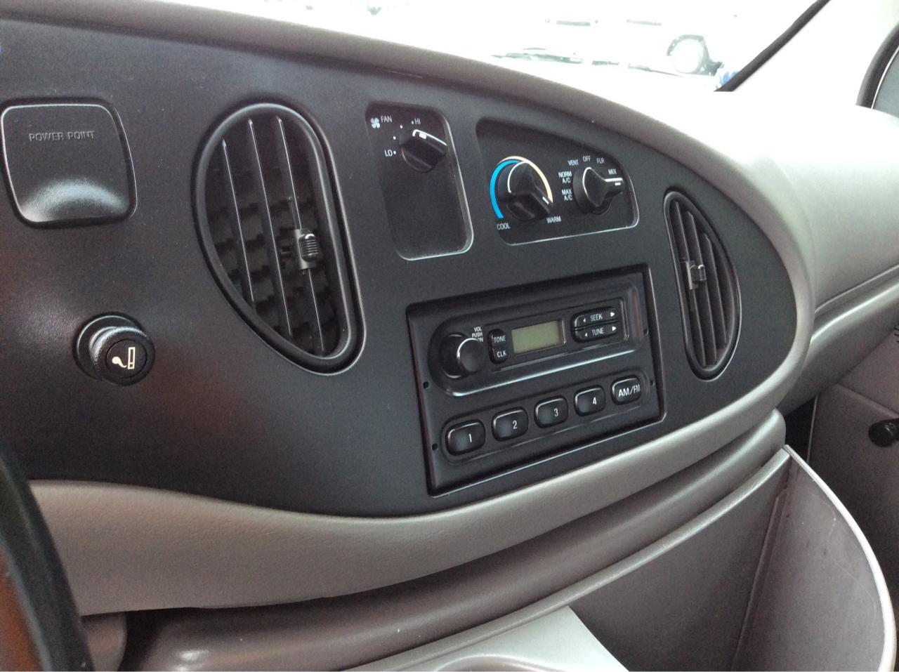 1999 Ford E450