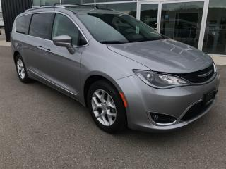 Used 2017 Chrysler Pacifica Touring-L Plus for sale in Ingersoll, ON