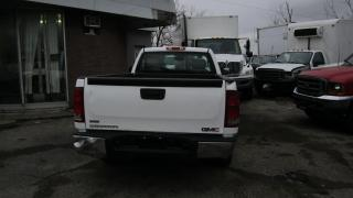 Used 2011 GMC Sierra 1500 long box excellent condition for sale in North York, ON