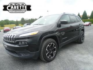 Used 2017 Jeep Cherokee 4X4 V6 for sale in East broughton, QC