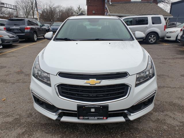 2015 Chevrolet Cruze 2LT Photo2