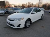 2014 Toyota Camry LE Photo25