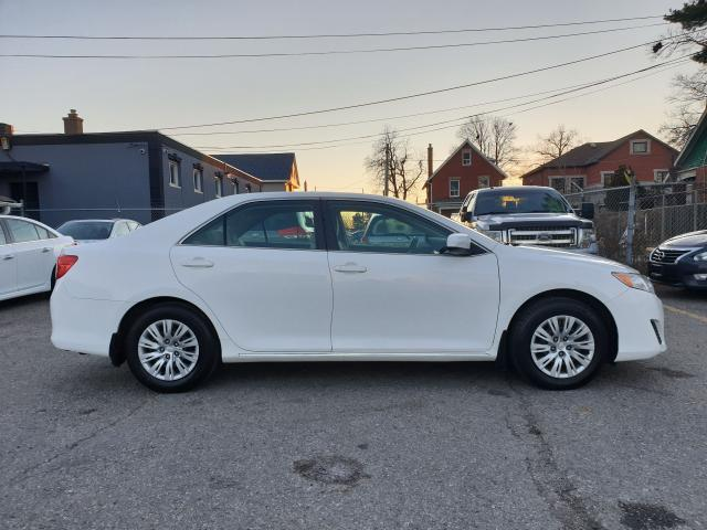 2014 Toyota Camry LE Photo10