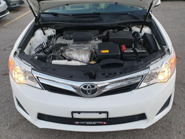 2014 Toyota Camry LE Photo23
