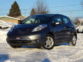 Used 2015 Nissan Leaf SV + 24 kWh + NAV + CAMÉRA + CHARGE RAPI for sale in Magog, QC