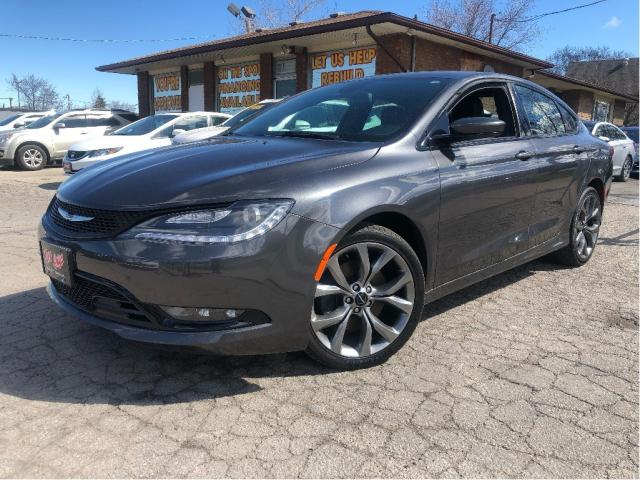 2015 Chrysler 200 |Navigation|Leather|New Tires|Panoramic Roof|