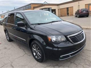 Used 2015 Chrysler Town & Country S Dual DVD - New Tires for sale in St Catharines, ON