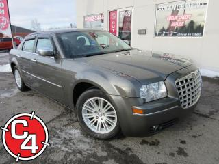 Used 2009 Chrysler 300 Touring Mag Toit A/c for sale in St-Jérôme, QC