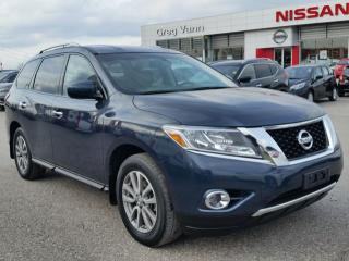 Used 2015 Nissan Pathfinder SV 4x4 w/climate control,heated seats,rear cam,sxm radio,3rd row seating for sale in Cambridge, ON