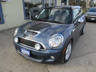 Used 2009 MINI Cooper Clubman 6-SPEED LOADED 'S-TYPE' 4 PASSENGER 1.6L - TURBO.. LEATHER.. HEATED SEATS.. DUAL SUNROOF.. BLUETOOTH.. CD/AUX/USB INPUT.. for sale in Bradford, ON