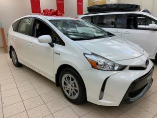 Used 2018 Toyota Prius V for sale in Montréal, QC
