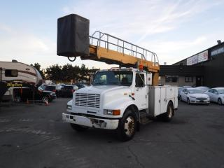 Used 2001 International 4700 Bucket Truck Diesel with Air Brakes for sale in Burnaby, BC