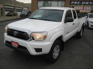 Used 2012 Toyota Tacoma 4WD Crew Cab V6 Auto SR5 for sale in North York, ON