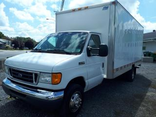 Used 2006 Ford E450 base for sale in St-Hyacinthe, QC