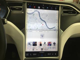 Used 2017 Tesla Model X for sale in St-Hyacinthe, QC