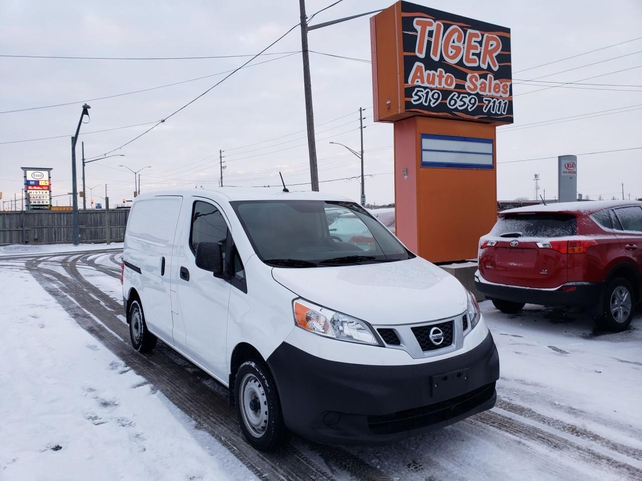 Used 2018 Nissan Nv200 Mini Cargo Van Only 10kms 4 Cylinder