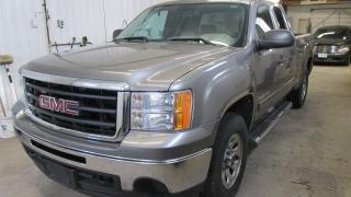 Used 2009 GMC Sierra 1500 SL 4WD for sale in Chatsworth, ON