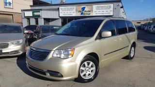 Used 2011 Chrysler Town & Country TOURING w/Nav for sale in Etobicoke, ON