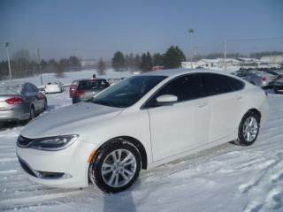 Used 2015 Chrysler 200 Limited V6 for sale in East broughton, QC