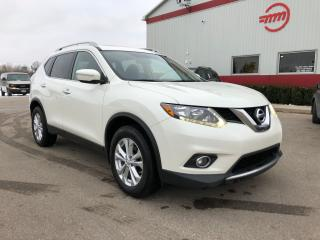 Used 2015 Nissan Rogue SV for sale in Tillsonburg, ON